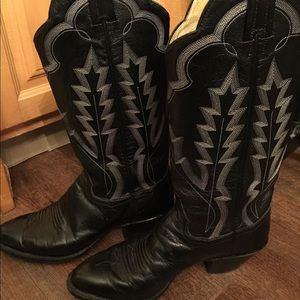Genuine leather black cowboy boots. Size 7